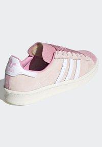 adidas Originals - CAMPUS 80S - Sneakersy niskie - pink tint/ftwr white/purple tint - 2
