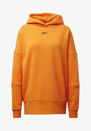 STUDIO RESTORATIVE HOODIE - Hoodie - orange