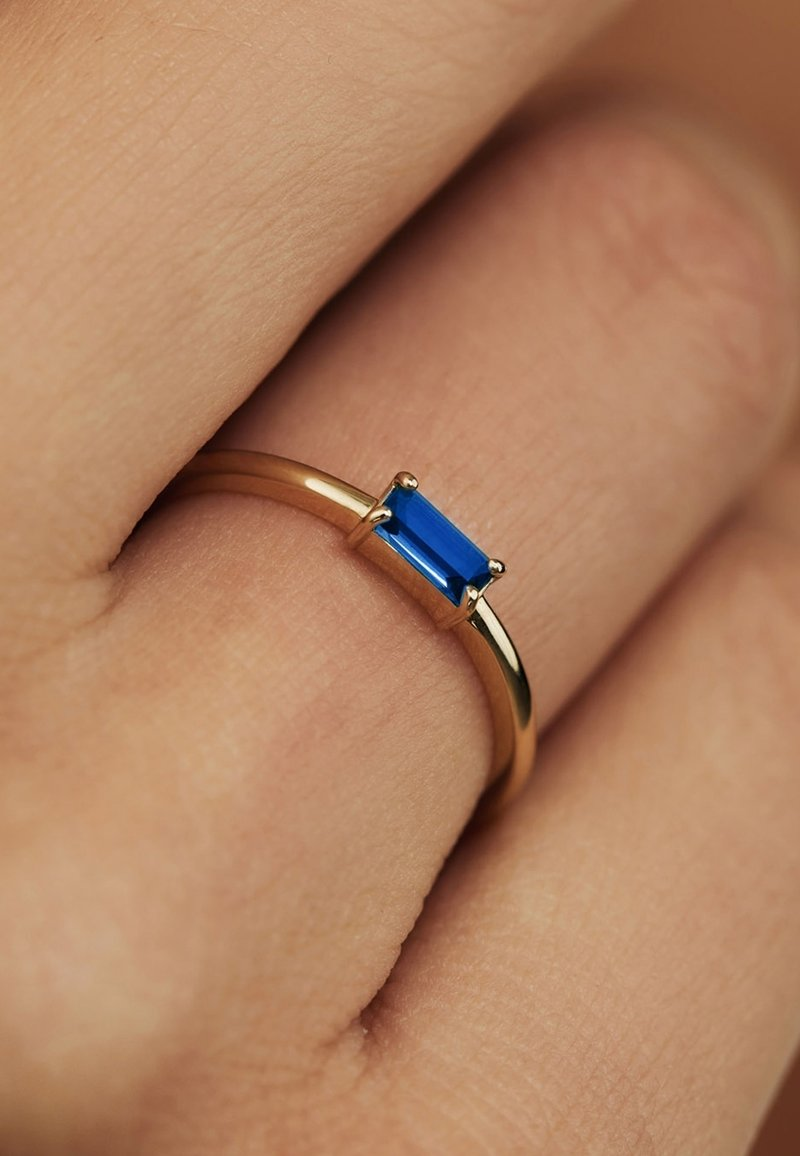 Isabel Bernard - Ring - gold coloured