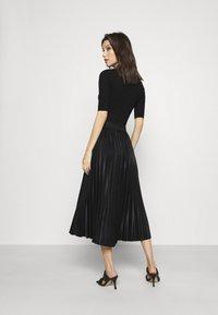 WAL G. - MONICA PLEATED SKIRT - A-line skirt - black - 2
