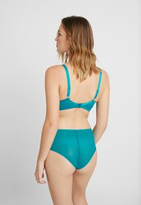 Curvy Kate - VICTORY SHORT - Boxerky - teal - 2