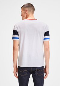 Jack & Jones - SCHLICHTES REGULAR - T-shirt z nadrukiem - white - 2