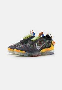 Nike Sportswear - AIR VAPORMAX 2020 FK UNISEX - Sneakers laag - iron grey/white/multicolor - 1