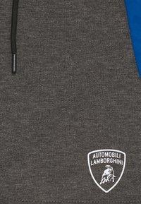 Automobili Lamborghini Kidswear - WITH CONTRAST INSERTS - Shorts - grey estoque - 2