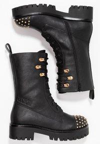 Versace Jeans Couture - Enkellaarsjes met plateauzool - nero - 3