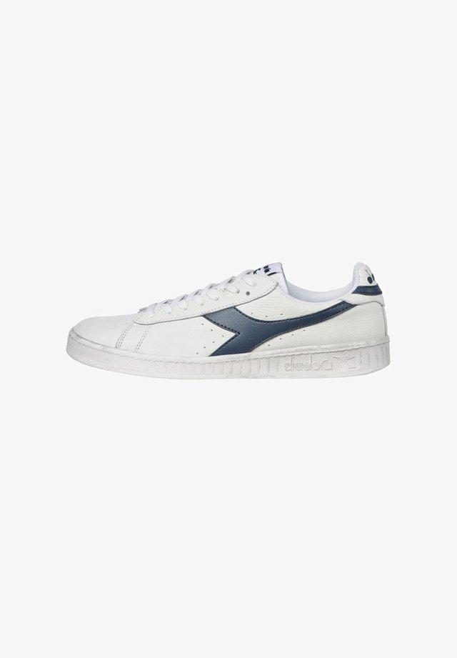 DIADORA - Sneakers - white