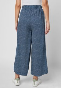 Next - NAVY PRINTED CULOTTES - Trousers - blue - 1