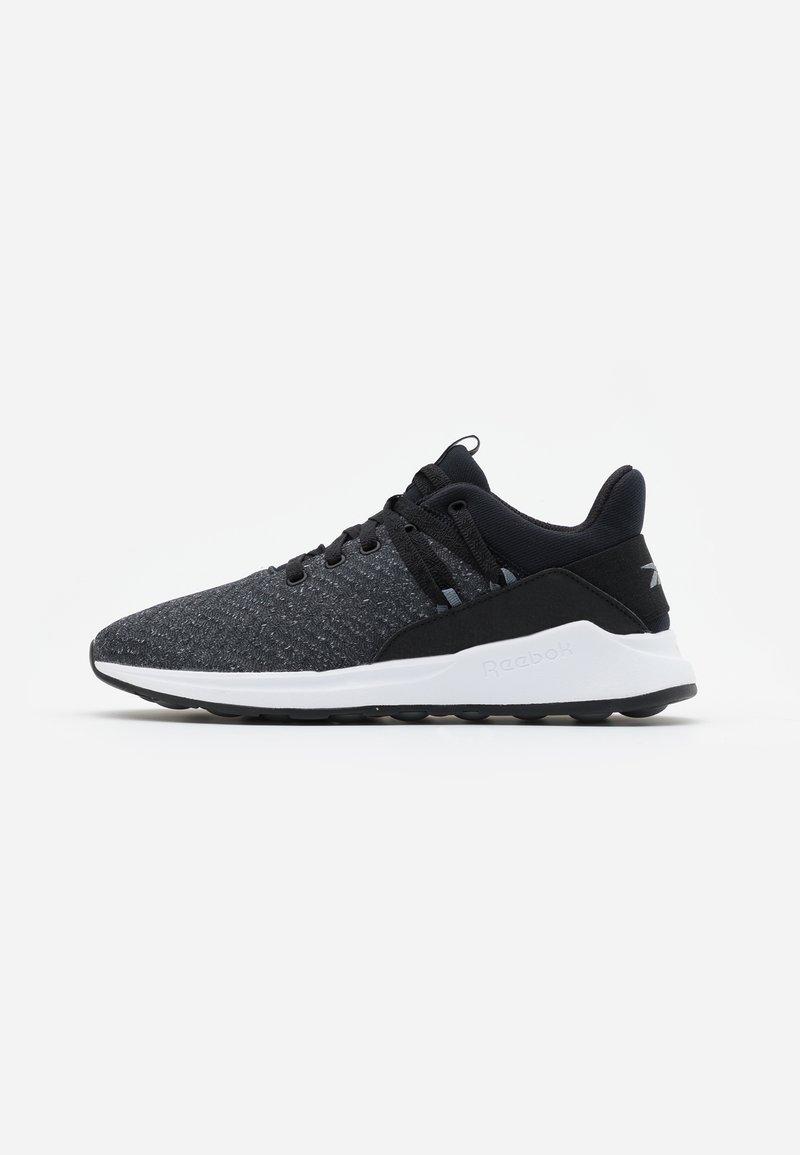 Reebok - EVER ROAD DMX 2.0 - Walking trainers - black/grey/white
