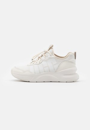 LA DAZE - Trainers - jasmine/white
