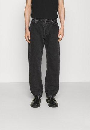 JOHNNY ONE WASH - Straight leg jeans - black