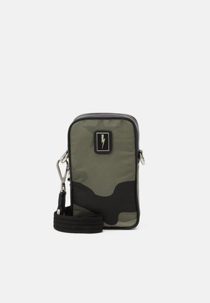 CAMO NEW SACOCHE - Borsa a tracolla - dark green/black