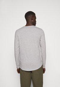 JOOP! Jeans - CHARLES - Long sleeved top - silver - 2