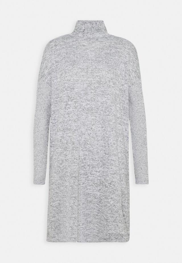 WAMISE - Jumper dress - hazy fog melange
