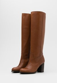 Lazamani - Boots - chestnut - 2