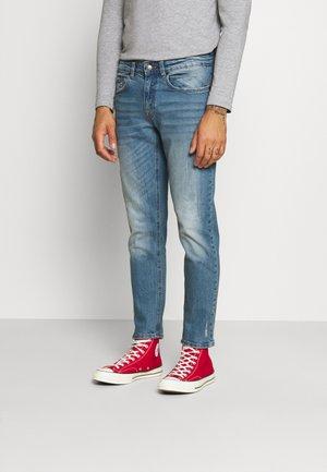 CHICAGO - Slim fit jeans - soft blue