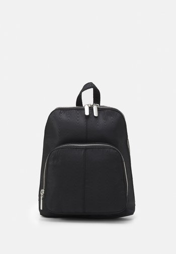 MOIREE BACKPACK