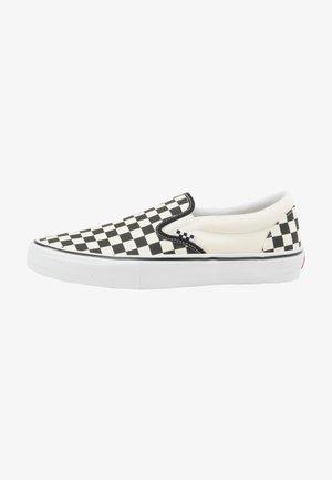 Zapatillas - checkerboard black off white