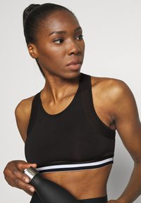 Even&Odd active - Sports bra - black - 3