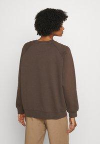 DESIGNERS REMIX - WILLIE - Sweatshirt - dusty brown/white print - 2
