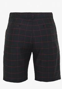 Brave Soul - CHESTER - Shorts - black/burg check - 1