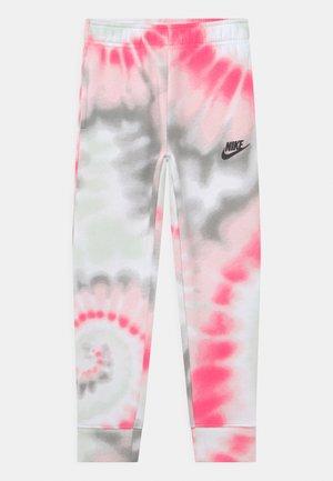 CLUB - Pantaloni sportivi - hyper pink