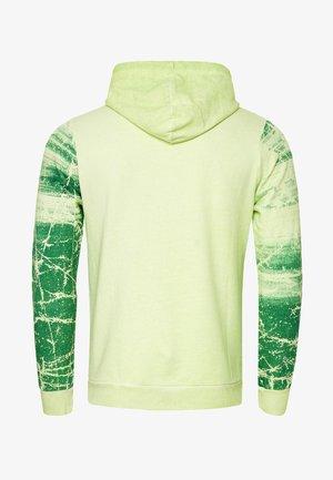 MIT VERWASCHENEM FRONT PRINT - Hoodie - neon grün
