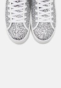 CHIARA FERRAGNI - Zapatillas altas - silver - 6