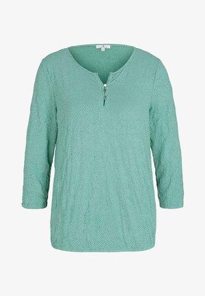 Blouse - green white minimal design