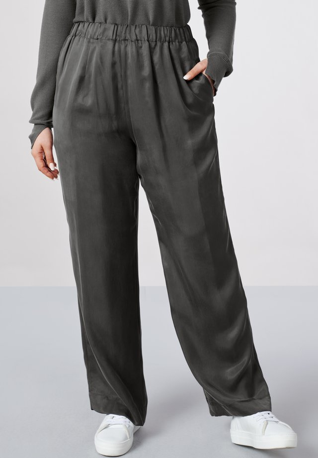 HOSE LEE - Trousers - graphite