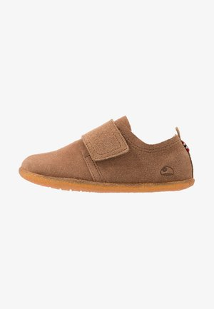 FRIGGE - Slippers - camel