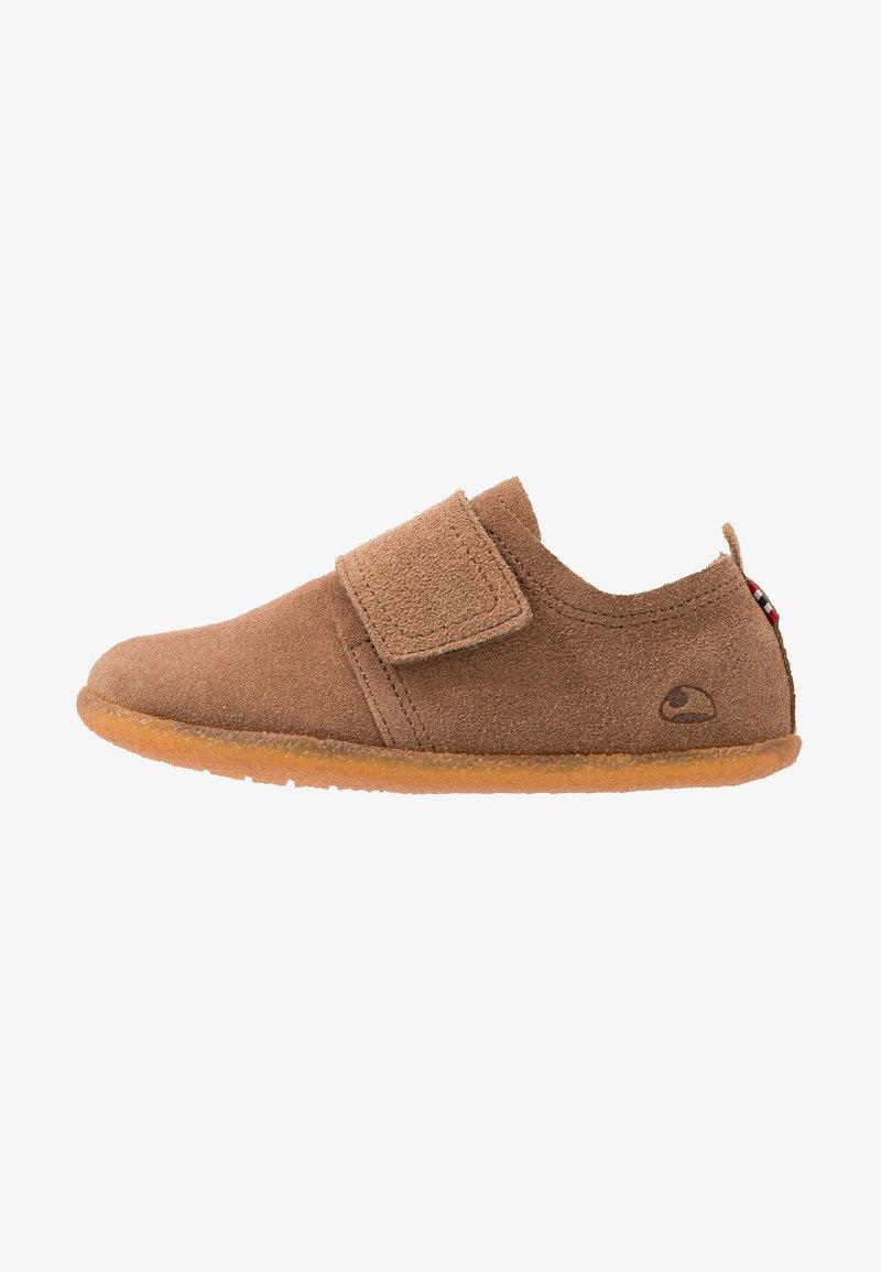 Viking - FRIGGE - Domácí obuv - camel