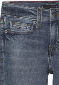 Tommy Hilfiger - STEVE SLIM TAPERED  - Slim fit jeans - denim - 4