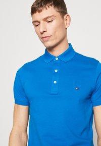 Tommy Hilfiger - Poloshirts - blue - 3