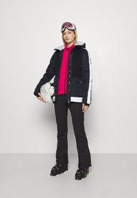Dare 2B - INSPIRED PANT - Spodnie narciarskie - black - 1