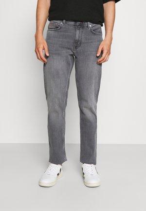 DENTON - Straight leg jeans - magnet grey