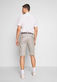 Esprit - Shorts - medium grey - 2