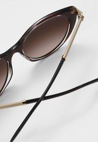 Versace - ROCK - Sunglasses - brown/transparent - 4