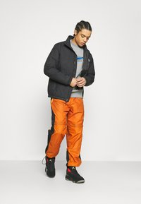 Nike Sportswear - COURT CREW - Mikina - grey heather - 1