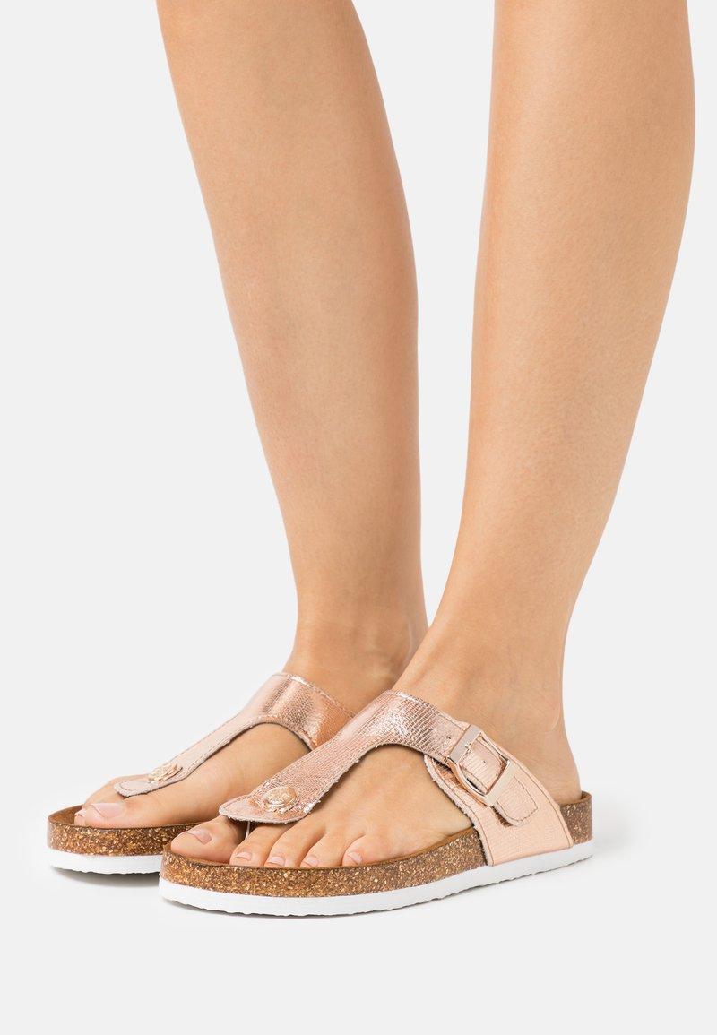 ONLY SHOES - ONLMATHILDA METALLIC TOE SPLIT - T-bar sandals - rose gold