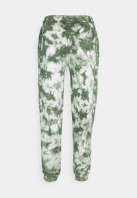 Russell Athletic Eagle R - ARLYN MEN'S MODERN UNISEX - Tracksuit bottoms - four leav clover - 1