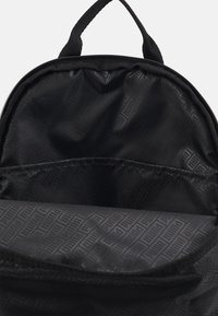 Puma - CORE SEASONAL DAYPACK - Zaino - black - 3
