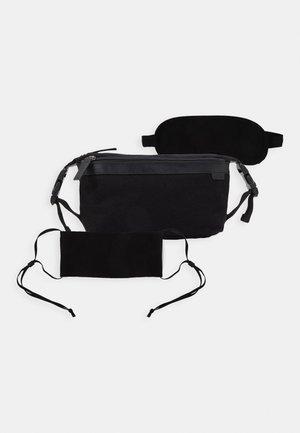 UNISEX STOFFMASKE - SCHLAFMASKE - Kosmetická taška - black