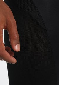 Gore Wear - Sports shorts - black - 3