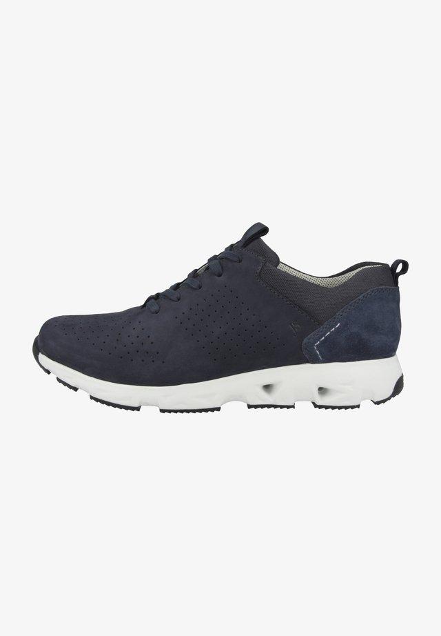 NOAH - Sneakers laag - jeans
