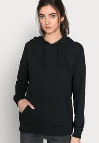 ONLY Tall - ONLFEEL LIFE HOOD - Sweatshirt - black - 3
