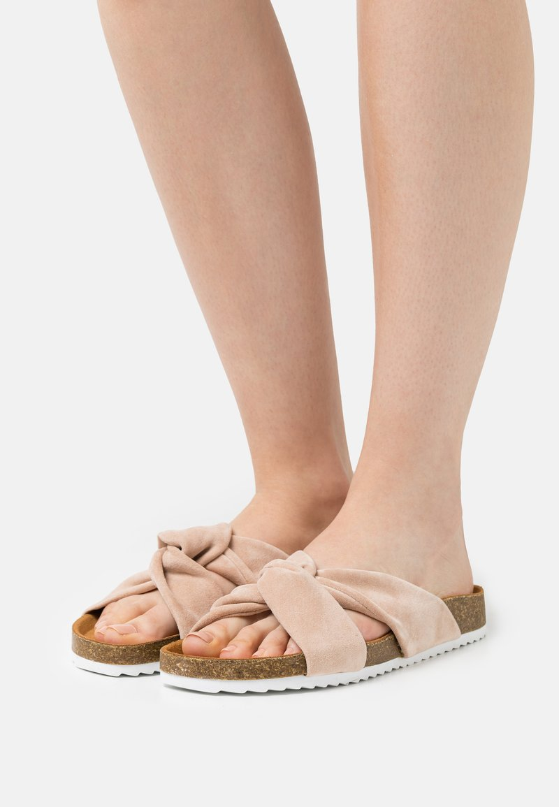 Office - SUSTAIN TWISTED FOOTBED - Mules - nude