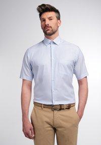 Eterna - MODERN FIT - Shirt - helllblau/weiss - 0