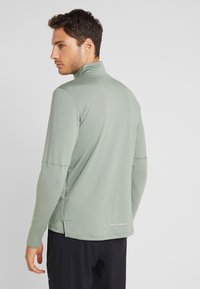 Nike Performance - T-shirt de sport - juniper fog/jade horizon - 2