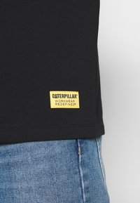 Caterpillar - BASIC EMBROIDERY CATERPILLAR  - Maglietta a manica lunga - black - 5