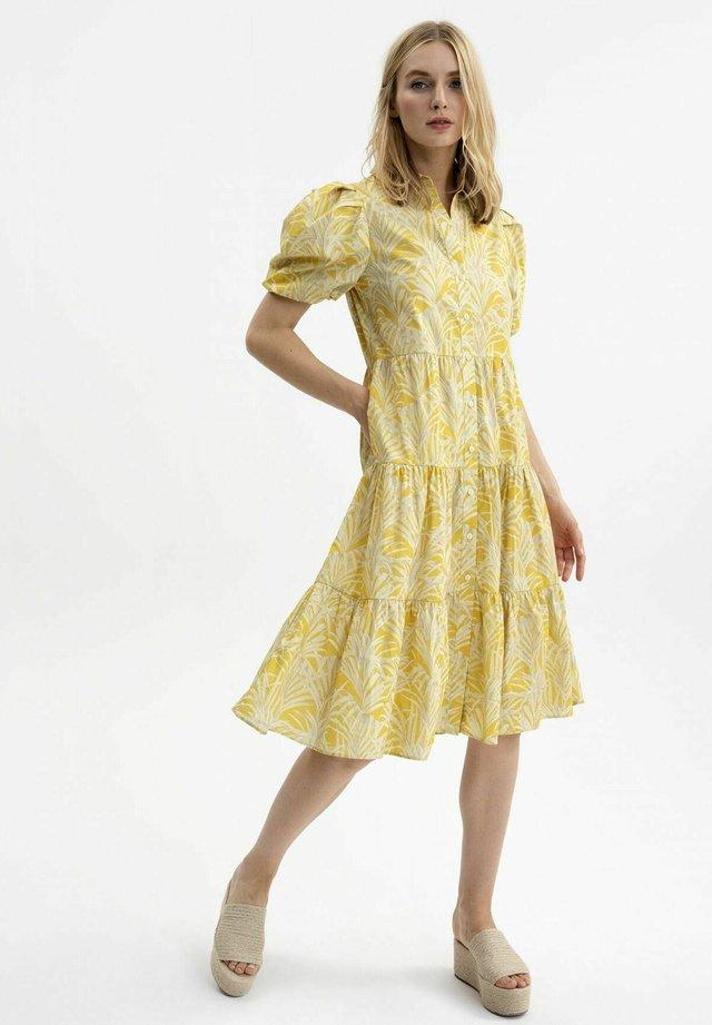 PUFFÄRMELN - Shirt dress - savanna